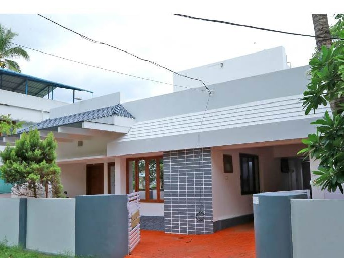 Beautiful House for sale at Chembukavu, Thrissur - Kerala Real Estate