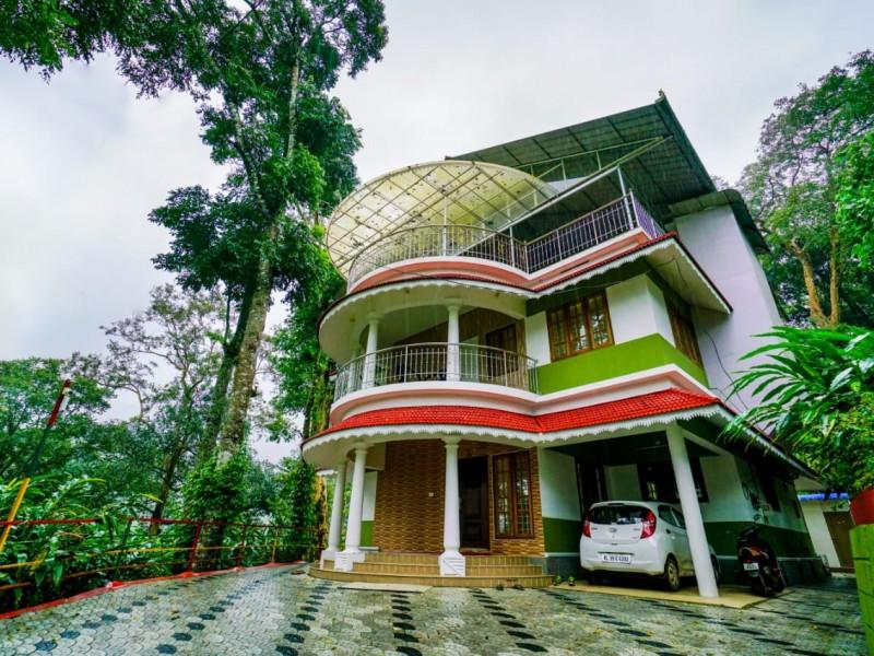 Resort with 3 Acre Cardamom For Sale at Pottankadu, Idukki