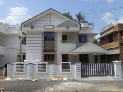 1970 Sq.ft 4 BHK Double Storied Villa on 4.472 cents land for sale at Eruveli,Chottanikkara,Ernakula