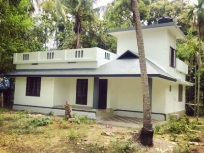well constructed 2bhk house in 6 cents