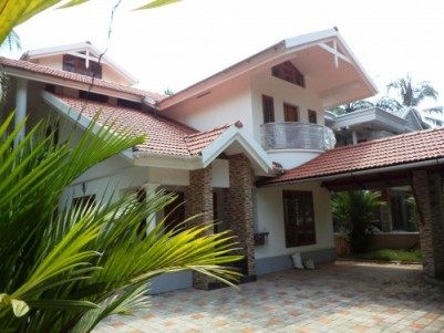 3000 Sq.ft 5 BHK Villa on 10 Cent land for sale at Eranhipalam,Koizhikode.