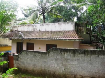 850 Sq.ft 2 BHK House on 7 Cents land for Sale at Vazhayila,Vettikonam,Trivandrum.