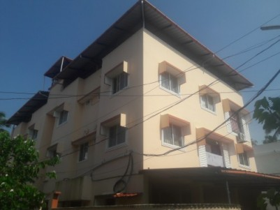 3bhk flat with spacious car and 2 wheeler parking for rent in EROOR .