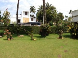 House with 25 cents of land in good location in Kollam town