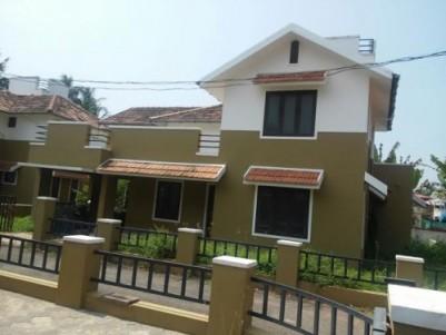 2650 Sq.ft 4 BHK Villa on 7.5 Cent land for sale at Patterithazham,Mankavu,Kozhikode.
