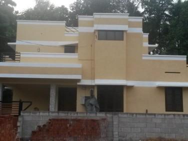 Karakulam Keltron Junction 400m, Newly built Red Bricks house for Sale.