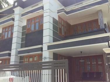 2200 Sq.ft 4 BHK House on 5 Cent land for sale at Panniyankara,Kozhikode.