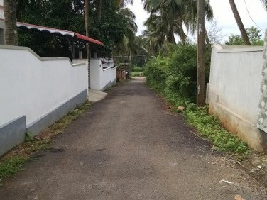 9 Cents of  residential land for sale  at Akathethara ,Palakkad.