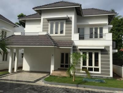 Furnished Luxury Villa at Gated Colony near Lakeshore Hospital , Vytilla, Ernakulam.