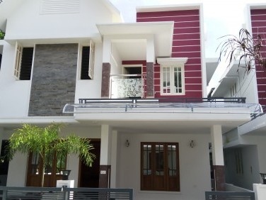 1600 Sqft 3 BHK House on 3 cent land for sale at Thevakkal,Ernakulam.