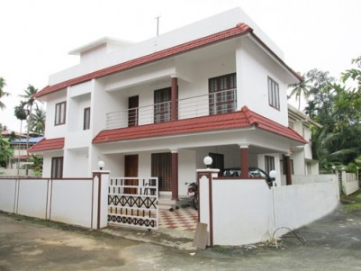 2450 Sq.ft 4 BHK Attached Villa for sale at North Kalamassery,Ernakulam.