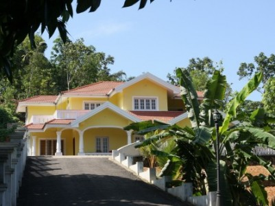 4400 Sq.ft Duplex Independent Villa on 40 Cents of Land at Kalathipady/Anathanam,Kottayam.