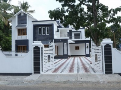 new villa in 25 cents of land