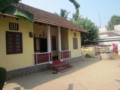 5 Cents 3 bhk Tiled Roof Home in Cochin,Near Edakochi