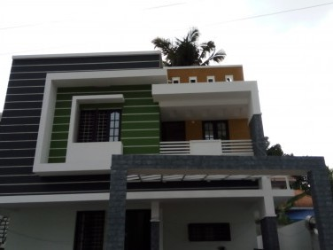 1650 Sqft 3 BHK House on 3.5 Cents of land for sale at Thevakkal,Ernakulam.