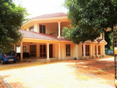 3100 Sq.ft well maintained Luxurious House for sale at Changanassery,Kottayam.