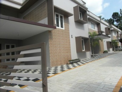 1800 Sq.ft 3 BHK Villa on 4.3 Cent land for sale at Kalathipady, Kottayam.