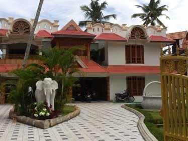 Posh luxury House for sale at Poojappura,Trivandrum.