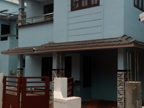 1800 Sqft 4 Bhk Beautiful new house for sale at Manjeri. Malappuram