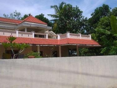 2500 Sq.ft 4 BHK House on 13 Cent land for sale at Mulamkadakam,Kollam.
