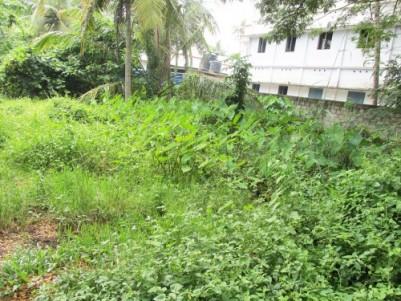 10 Cent Prime Residential Plot for Sale near Kundannoor Junction, Ernakulam