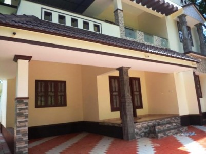1800 Sqft 4 BHK House on 5 cents of land for sale at Karaparamba,Kozhikode.