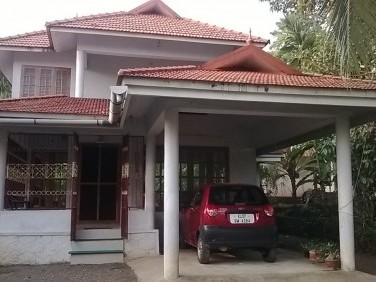 4 BHK House on 16 Cents of Land for sale at Aranmula, Pathanamthitta