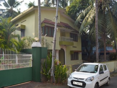 2000 Sq.ft 4 BHK Double Storey House at Kozhikode City nr Water Tank