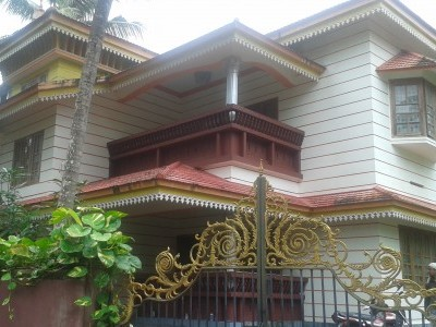 3000 Sqft 4 BHK House for sale at Puthiyatheru, Kannur.