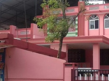 Well built house of 3500 Sq Ft built up and approx 20.5 cent plot at Pallimukku Junction, Pathanapur
