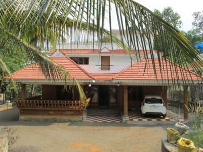 5BHK House and 30 Cents of land for sale at Thodupuzha,Idukki.