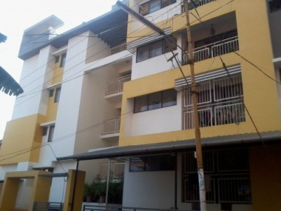 1060 Sq ft 2 BHK Luxury Apartment for sale  near Thruvambadi Temple Poonkunnam,Thrissur Town.