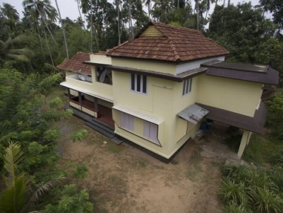 Large 5 bedroom house ideal for office space