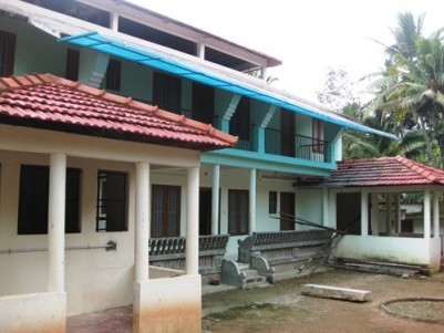7500 Sq.ft Traditional Building on 44 cents land for Sale / Rent at Nedumangad, Melamcode, Trivandru