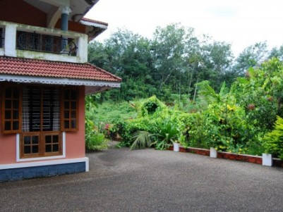 42 Cent land with 3015 Sqft 3 BHK House for sale at Kumbanad,Pathanamthitta District.