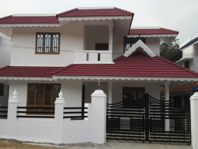 New house 6.5 cent 2200 Sft in Kottayam Ettumanoor.