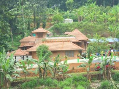 1850 Sqft 3 BHK Water Front House for sale at Kudayathoor,Thodupuzha,Idukki.