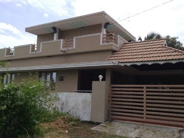 2000 Sqft  3 BHK New House  on 5 cents of land for sale at Pirayiri,Palakkad.