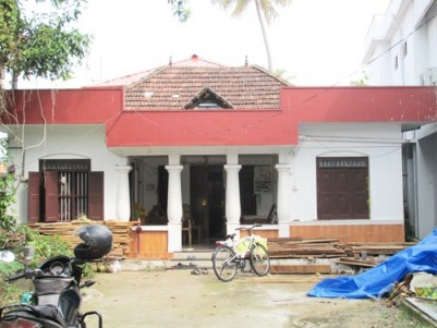 7 Cents of Land with Old House for sale at Panayappilly,Fort Kochi.