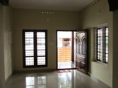New Posh Villa at Kadungalloor, Aluva, Ernakulam
