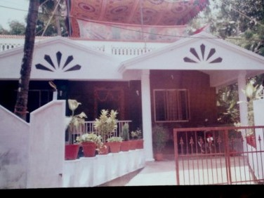 1600 sq feet house and 15 cent land in vadookara,thrissur