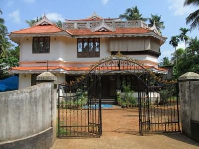 3300 Sqft Villa on 15 Cent land for sale at Koratty,Thrissur.