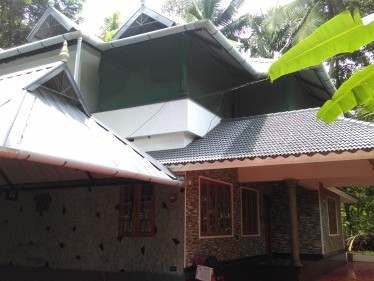 20 Cents of  land  with 1500 Sqft 3 BHK House for sale at Perumbavoor,Ernakulam District.