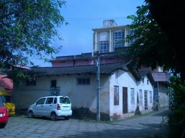 100 Cents of Land with Shops and Buildings for sale at Chinnakada,Kollam.