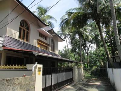 6500 Sqft 6 BHK Premium Villa for sale at Mamangalam,Ernakulam District.