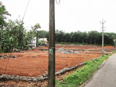 House Plots for sale at Malayidumthuruth,Pookattupady,Kochi,Ernakulam district.