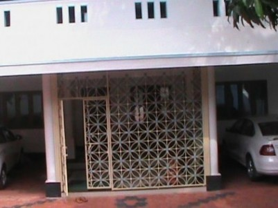 3 BHK House on 15 cents of land at Mukhathala,Kollam.