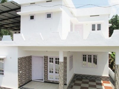 1450 Sq:Feet 4 BHK House on 4 Cents Land For Sale at Nellikuzhi,CompanyPady,,Ernakulam .