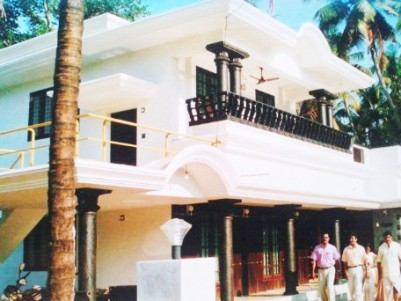 2250 Sq.Feet 4 BHK Villa on 7 Cents of Land for Sale at Chalakudy town,Thrissur.