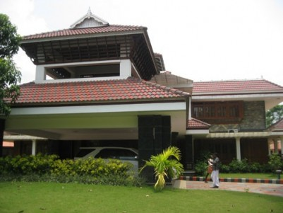 18000 Sqft Luxury House  with 8.78 Acres of land for sale at Kolenchery,Ernakulam District.